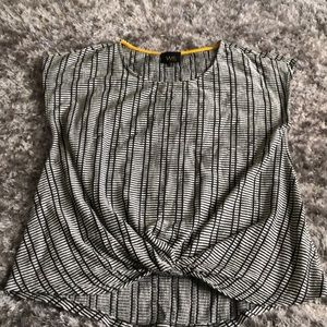 Patterned Top NWOT